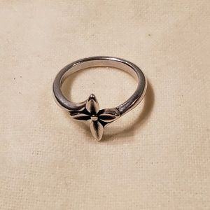Flower Cross Ring